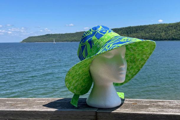 Sun Hat (Green/Blue)